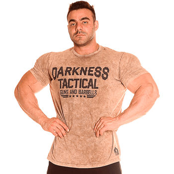 camiseta-darkness-tactical-guns-and-barbells-frente